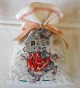 art textile mode animaux sac ,a lavande souris broderie sac : Sac à lavande La souris