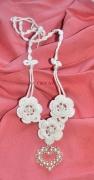 bijoux fleurs cadeau tendresse stvalentin coeur : Trois roses pour un coeur