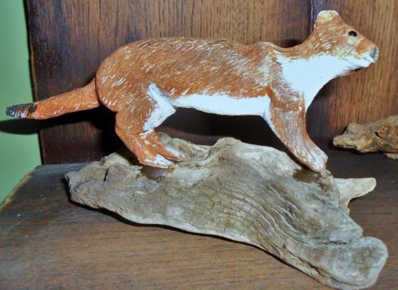 SCULPTURE hermine en bois hermine sculptée sculpture animaliere Animaux Bois  - l'hermine