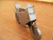 sculpture sport metal moto sculpture acier : moto d'acier