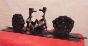 sculpture scene de genre escargot bras de fer outils : BRAS DE FER MOU