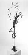 sculpture scene de genre fou jongleur equilibriste amusement : Le fou du roi