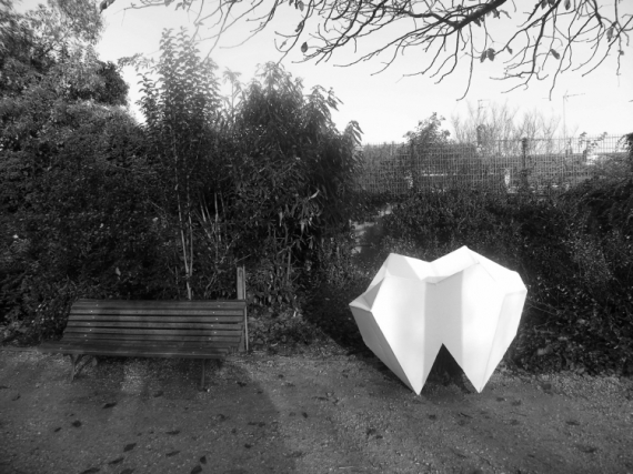 PHOTO Dents parc molaires bordeaux  - #2 Alone in the Park