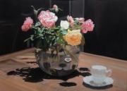tableau fleurs roses bouquet fleurs clairobscur : Roses de mon jardin en clair-obscur, vase rond transparent