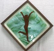ceramique verre personnages femme nu joyeuse figuratif : joie