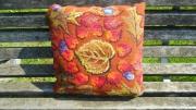 """artisanat dart nature morte coussin tapisserie nature piece unique : """"Rouge automne"""""""