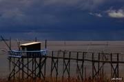 photo marine carrelets baie ciel : ciel à l'encre de seiche