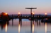 photo architecture ponts aube ports : les feux de la passerelle