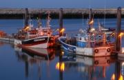 photo marine ports bateaux aube marine : feux follets sur le port