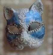 artisanat dart animaux art animalier masque venitien chat : masque vénitien avec dentelles et pétales