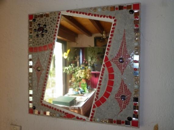 AUTRES MIROIR OVNI ROUGE REFLET  - miroir de l'ame