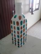 ceramique verre autres : Vase peint de motifs géométriques