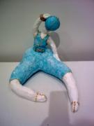 sculpture sport femme sport gymnaste legerete : LA NANA AU BALLON BLEU