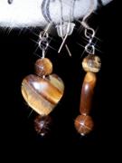 bijoux autres oeil de tigre bijoux naturels pierres semi precieu : Boucles d'Oreilles en coeur d'Oeil de Tigre Jaune