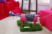 """sculpture personnages sculpture pot echappement : """"Madame promène son chien"""""""