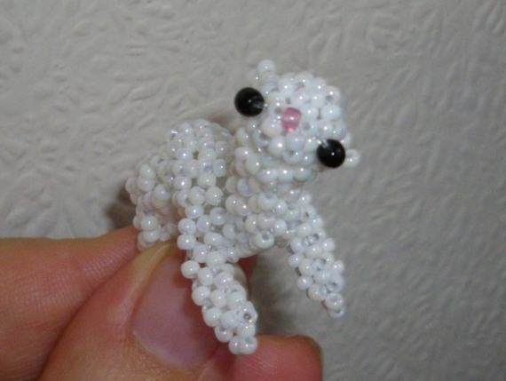 AUTRES lama bébé perles rocailles Animaux  - Bébé lama blanc