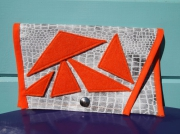 art textile mode autres pochette en crocodil feutrine : POCHETTE EN PVC CROCODILE