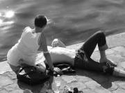photo personnages uais de seine romance amoureuse : romance parisienne
