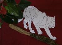 Panthère ou chat napperon crochet art textile fait main.