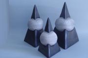 sculpture pyramides deco ceramique : pyramides céramiques