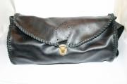 art textile mode autres sac en cuir polochon bandouliere tresse : Grand sac polochon en cuir pleine fleur noir, tressé