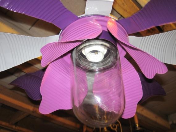 DéCO, DESIGN ecodesign art déco recyclage plafonnier Fleurs  - luminaire ecodesign, à base de conserves