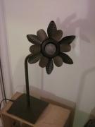 deco design fleurs ecodesign art decoration recyclage lampe : Luminaire, ecodesign à base de conserves