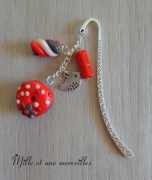 bijoux marque page fait main pate polymere idee cadeau : Marque page Fimo donuts berlingot rouge
