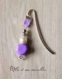 Marque page fimo macaron violet