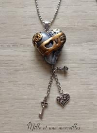 Sautoir steampunk coeur LOVE