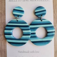 Boucles d'oreilles pendantes nuances de bleus