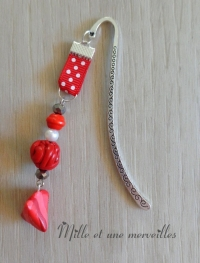 Marque page Fimo berlingot et perle rouge