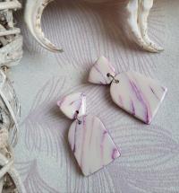 """Boucles d'oreilles """"effet marbré """"blanches et violettes"""