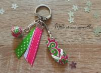 Porte clé FIMO tong rose, verte et perle