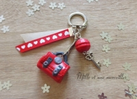 Porte-clé Fimo sac à main rouge