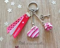 Porte-clé FIMO coeur et perle torsadé ruban amour