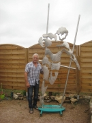 sculpture sport rugby ballon ovale angleterre france ffr : Rugbyman inox