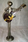 sculpture personnages : Guitariste Georges Harrison