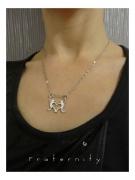 bijoux personnages amour cadeau bijou original : Pendentif Fraternity