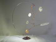 sculpture abstrait mobile equilibre leger metal : sans-mobile apparent 4