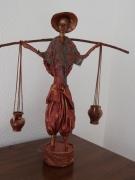 sculpture personnages asiatique porteur cruches : Porteur d'eau
