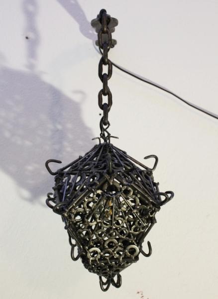 DéCO, DESIGN réverbère fer lanterne médiévale  - Réverbère de fer