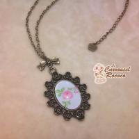"Collier Sautoir Cabochon Bronze ""La Fleur Rococo"""