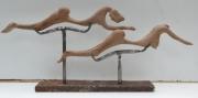 sculpture noyer fer poli allongee femme : Hom
