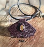 bijoux mystique cuir ginkgo bordeau ambre chiapas : Mystique cuir Ginkgo, Ambre du Mexique