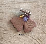 bijoux broche ginkgo cuir ambre amethyste gr : Mini broche épingle Ginkgo,Ambre/Amethyste/Grenat