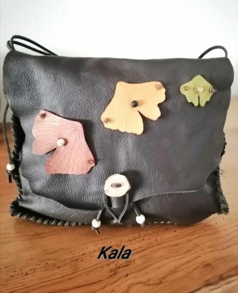 JEWELRY Sac pochette cuir Ginkgo cuir Bois fossile pierre   - Sac/pochette tout cuir Feuilles Ginkgo