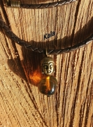 bijoux collier cuir tresse bouddha ambre chiapas : Collier Bouddha Ambre du Mexique