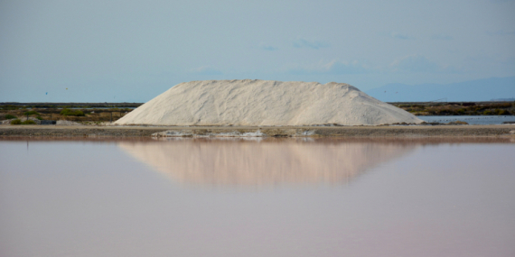 PHOTO salins de Gruissan Aude Marine  - Récolte de sel