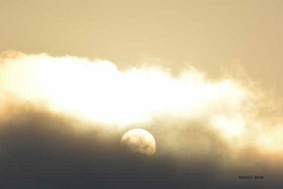 PHOTO soleil aube nuage Paysages  - Soleil se jouant des nuages